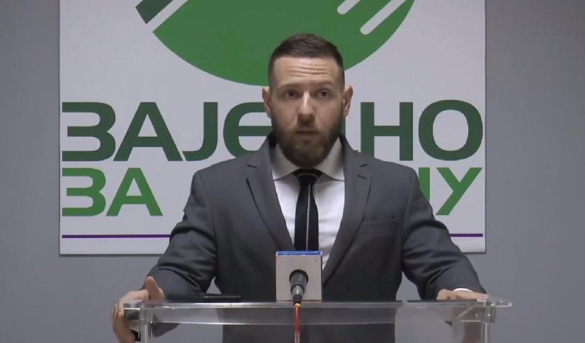 Mijailović: SNS mora biti zabranjena u skladu sa zakonom, jer je urušila ustavni poredak Srbije